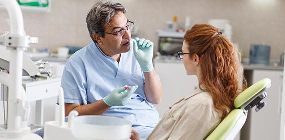 Beseitigung von verlagerten Zähnen